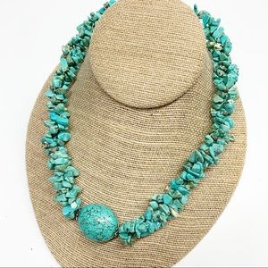 Turquoise colored stone chip statement necklace